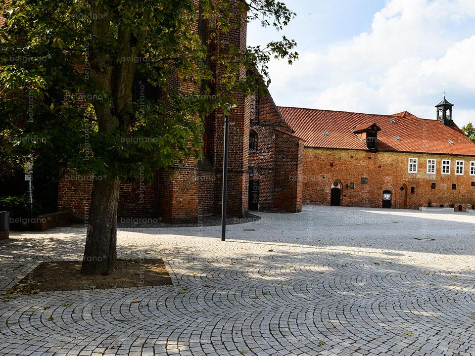 Ebstorf | Klostervorplatz